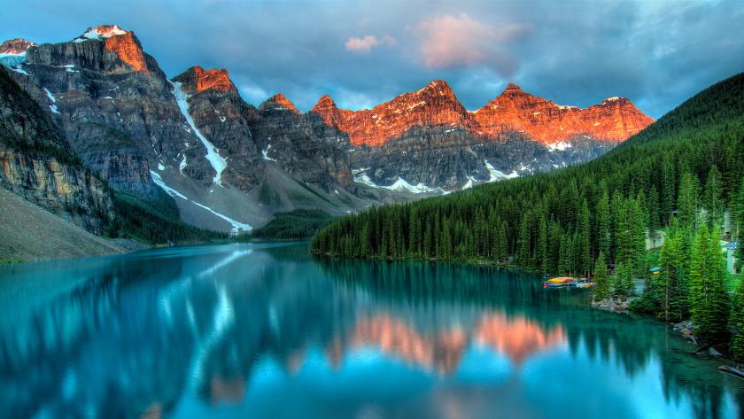 冰碛湖日出,加拿大美丽的湖泊冰碛湖风景4k高清壁纸